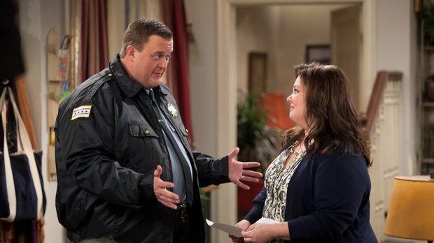 Eine Prüfung, die Mike ablegen soll, bringt Stress in ihre Beziehung: Molly (...