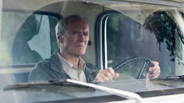 Walt Kowalski (Clint Eastwood) ist ein resoluter Korea-Veteran und jähzornige...