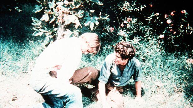 John-Boy Walton (Richard Thomas, l.) kämpft mit einem fremden Jungen (Michael...