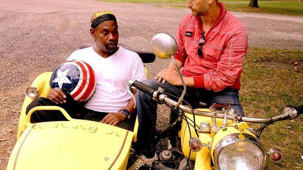 In Pittsburgh macht Leon (r.) eine Bekanntschaft, die ihn tief bewegt. Tony,...