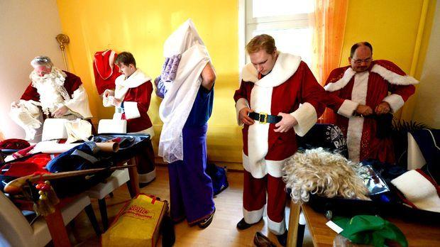 Weihnachtsmann-Schulung_dpa