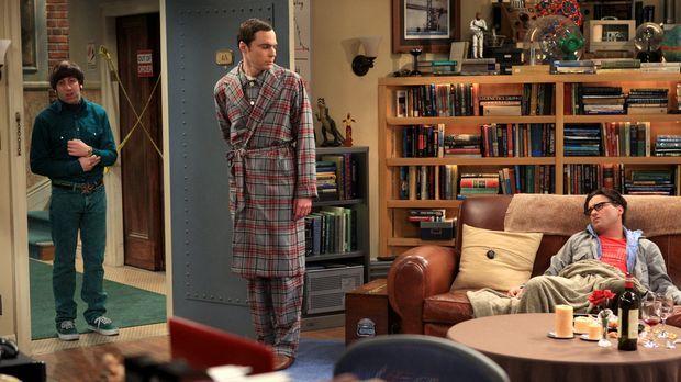 Männertausch: Sheldon (Jim Parsons, M.), Leonard (Johnny Galecki, r.) und How...