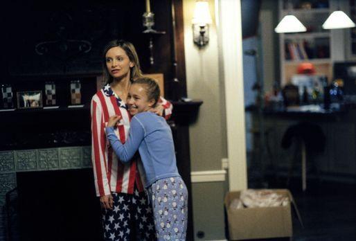 Ally McBeal - Als eines Abends die zehnjährige Maddie (Hayden Panettiere, r.)...