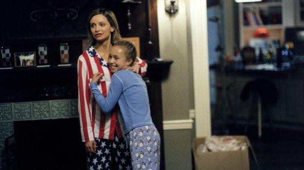 Als eines Abends die zehnjährige Maddie (Hayden Panettiere, r.) vor Allys (Ca...