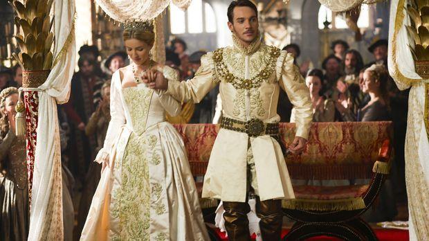 Gerade noch hat Henry VIII. (Jonathan Rhys Meyers, r.) seine zweite Ehefrau A...