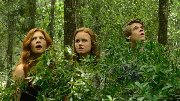 Julia (Rachelle LeFevre, l.), Norrie (Mackenzie Lintz, M.) und Joe (Colin For...