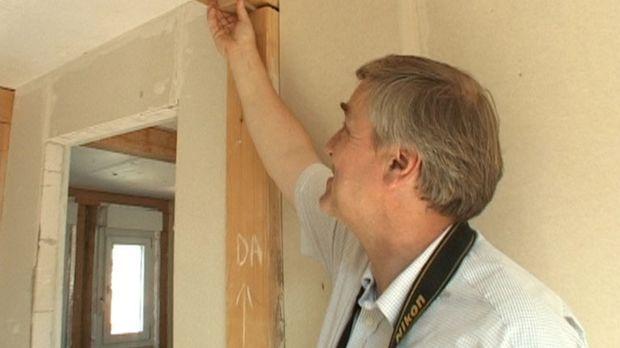 Für Bauherren ist er oft die letzte Hoffnung. Sein Name: Helge-Lorenz Ubbeloh...
