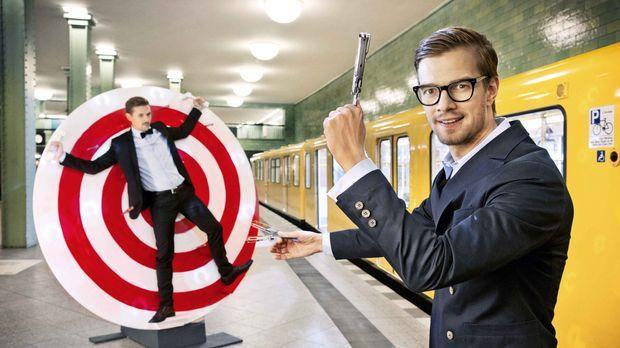 Willkommen in der Manege des Wahnsinns! Joko Winterscheidt (r.) und Klaas Heu...