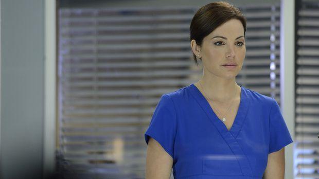 Alex (Erica Durance) sucht verzweifelt nach dem Grund dafür, warum ihr Körper...