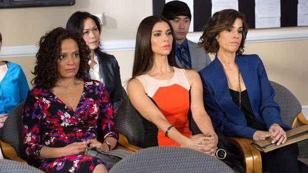 Bei Zolia (Judy Reyes, l.), Carmen (Roselyn Sanchez, M.) und Marisol (Ana Ort...