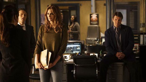 Es könnte alles so schön sein: Beckett (Stana Katic, M.) startet erfolgreich...