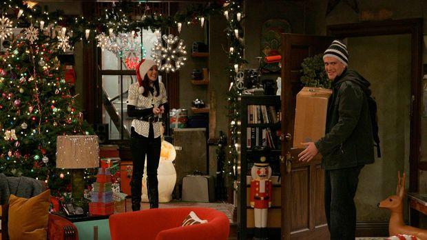 Heiligabend steht vor der Tür, und Lily (Alyson Hannigan, l.) bereitet alles...