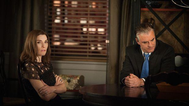 Gemeinsam mit Peter (Chris Noth, r.) tritt Alicia (Julianna Margulies, l.) vo...