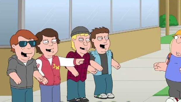 Als Chris (r.) in der Schule gemobbt wird, versucht Stewie ihm zu helfen - do...
