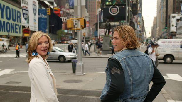 Unermüdlich ist Samantha (Kim Cattrall, l.) im Einsatz für Smith (Jason Lewis...