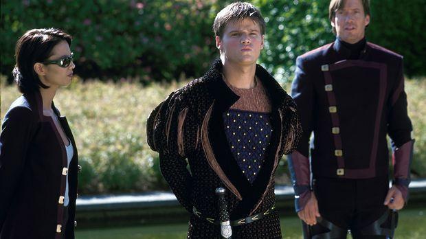 Rommie (Lexa Doig, l.) und Dylan (Kevin Sorbo, r.) wollen den jungen und uner...