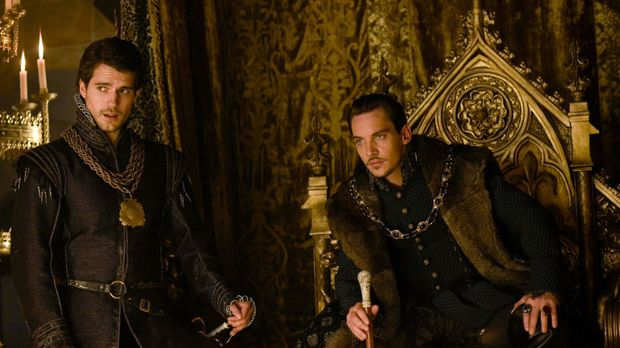 Der Palast steht vor einer großen Veränderungen, denn König Henry (Jonathan R...