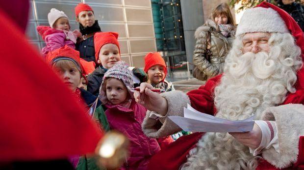 Weihnachtsmann_V_dpa