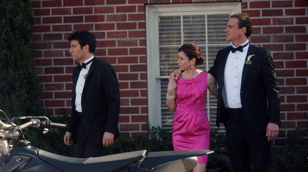Ted (Josh Radnor, l.), Lily (Alyson Hannigan, M.) und Marshall (Jason Segel,...