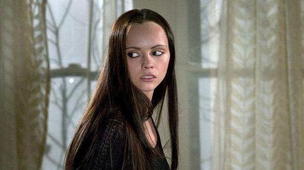 Die von einem Werwolf infizierte Ellie (Christina Ricci) sucht verzweifelt ei...