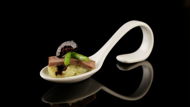 The-Taste-Stf02-Epi01-Kalbszunge-Bjoern-Gerhard-11-Sat-1-Young-Soo- Chang