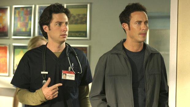J.D.'s (Zach Braff, l.) nichtsnutziger Bruder Dan (Tom Cavanagh, r.) ist wied...