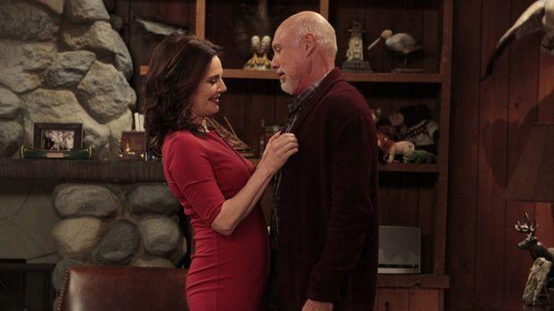 Eds (Hector Elizondo, r.) Exfrau Wanda (Robin Riker, l.) ist wieder in der St...