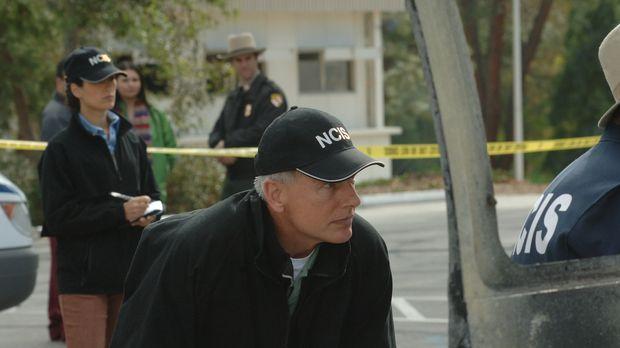 Gibbs (Mark Harmon, M.) und sein Team startet eine neue Untersuchung, als ein...