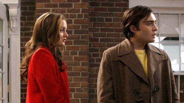 Blair (Leighton Meester, l.) ist schockiert über Chucks (Ed Westwick, r.) Zus...