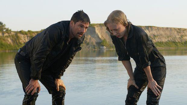 Die Fähigkeit des Alphas Mitchel ist für Kat (Erin Way, r.) und Cameron (Warr...