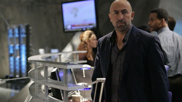 Das ganze Team der CTU (Carlo Rota) ist fassunglos: Die Terroristen haben in...