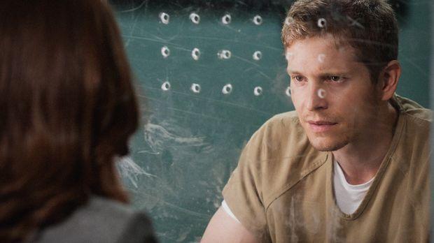 Weil Carey (Matt Czuchry) immer noch hinter Gittern sitzt, muss Alicia seinen...