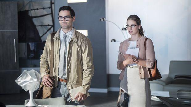 Eine neue Bedrohung taucht auf. Kara alias Supergirl (Melissa Benoist, r.) sc...