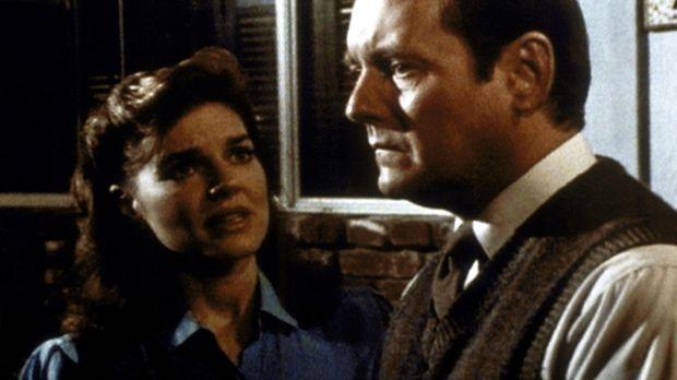 Peg Bennett (Robin Riker-Hasley, l.) will ihrem Mann Tobias (Dennis Lipscomb,...