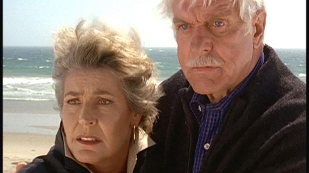 Mark (Dick Van Dyke, r.) und seine alte Freundin Danielle (Helen Reddy, l.) s...