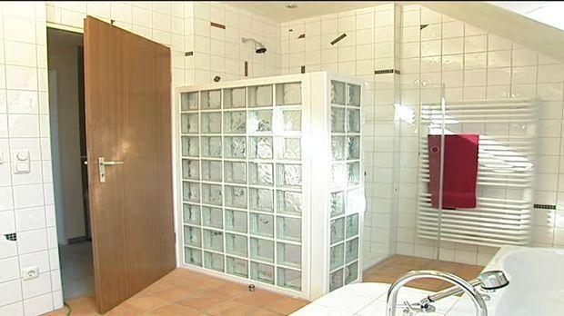 Dusche Bauen Mit Glasbausteinen : Duschwand aus Glas bauen – SAT.1 Ratgeber