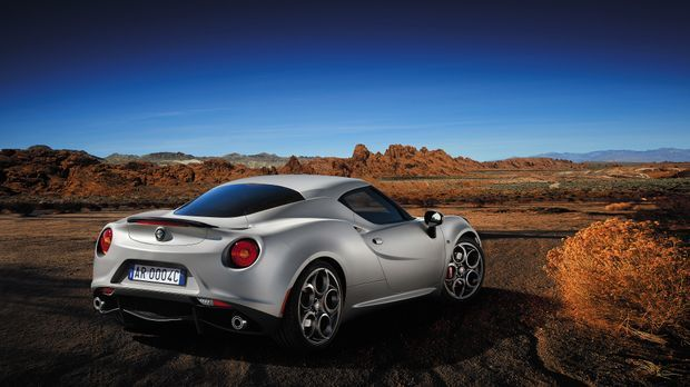Alfa_Romeo_4cback