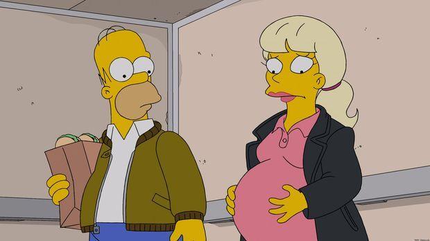 Homer (l.) gibt vor, lange arbeiten zu müssen, da er abends immer beim Pokers...