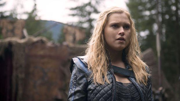 Clarke (Eliza Taylor) hadert mit ihrer Rolle als Anführerin. Kann Lexa ihr di...