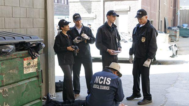 Untersuchen einen neuen Mordfall: Ziva (Cote de Pablo, l.), Tony (Michael Wea...