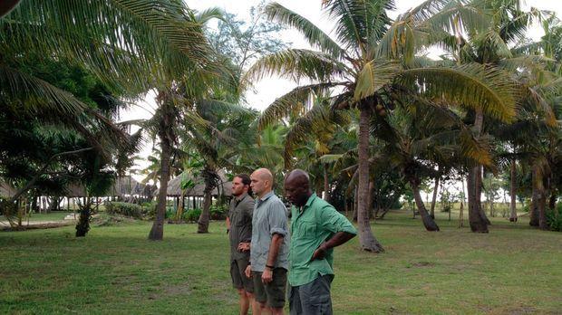 Die Fidschis stellen die drei renommierten Köche Kayne Raymond (l.), Michael...