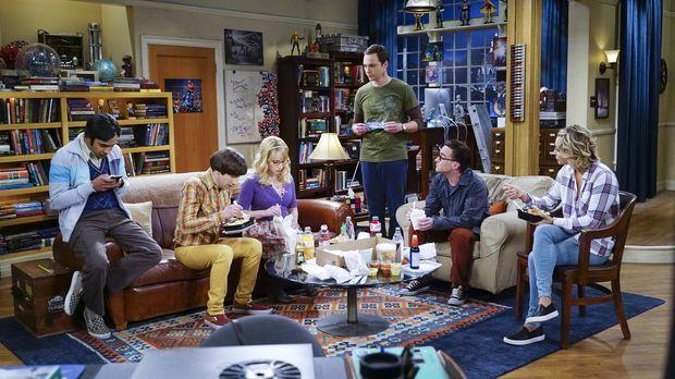 Planen ihren Thanksgivings-Tag: Howard (Simon Helberg, 2.v.l.), Bernadette (M...