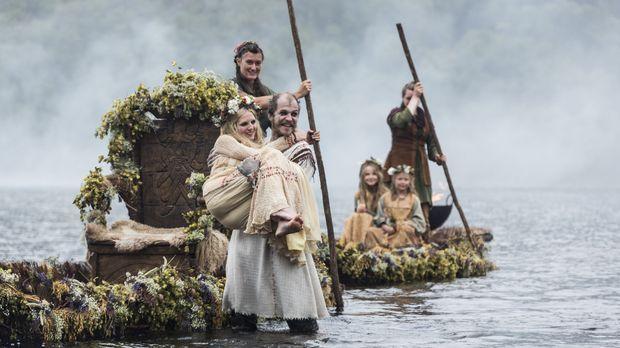 Während Siggy ihre eigenen Pläne verfolgt, besiegeln Floki (Gustaf Skarsgard,...