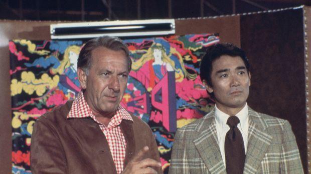 Können Quincy (Jack Klugman, l.) und sein Kollege Sam Fujiyama (Robert Ito, r...