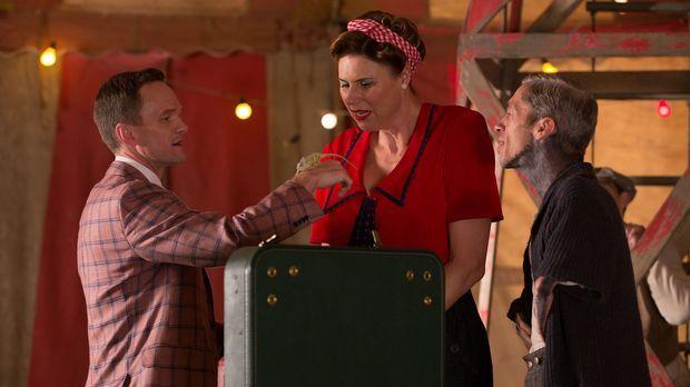 Als der fliegende Verkäufer Chester Creb (Neil Patrick Harris, l.) ins Camp k...