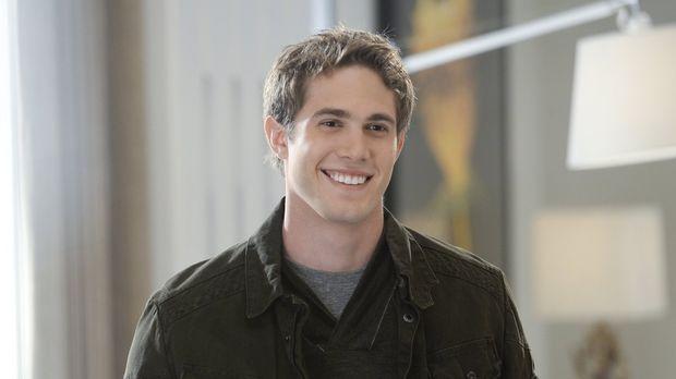 Adam (Blake Jenner), der ältere Sohn von Cat, zu dem sie seit 20 Jahren schon...