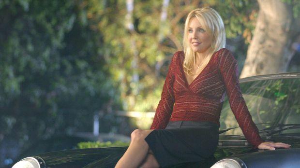 Die Pharmazeutin Julie Keaton (Heather Locklear) sorgt für Aufsehen in der Kl...