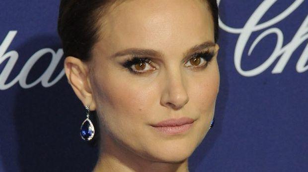 Natalie Portman - 28th Annual Palm Springs International Film Festival Film A...