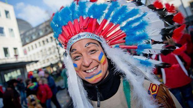 Indianer-Kostüm_dpa