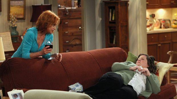 Molly (Melissa McCarthy, r.) freut sich auf das Date mit Mike, allerdings hat...